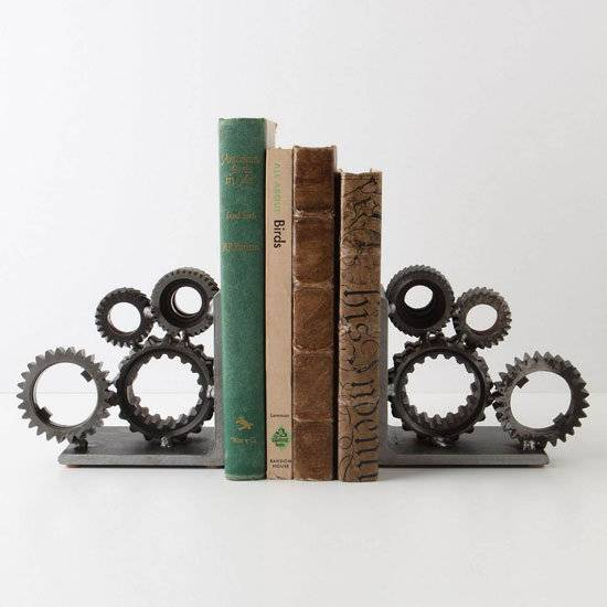30 Creatively Cool Steampunk Diys: 27 Creative & Unique Bookends Designs