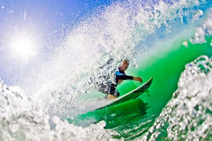 Jeff Farsai's Sports Photography is in a league of its own. Farsai specializes in Surf and Underwater Photography. As you can see, Farsai excels in shooting action and alternative sports. sports action, surf, surfer, surfing, water, beauty, beautiful, int